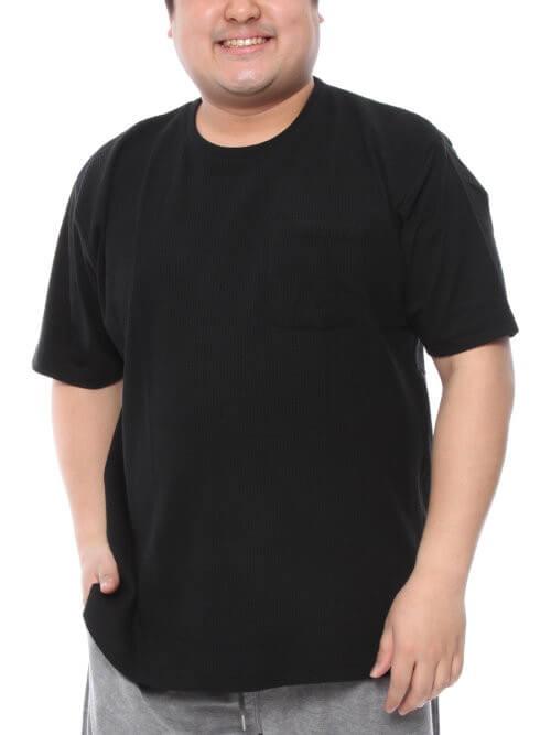 太っている人はTシャツが似合わない